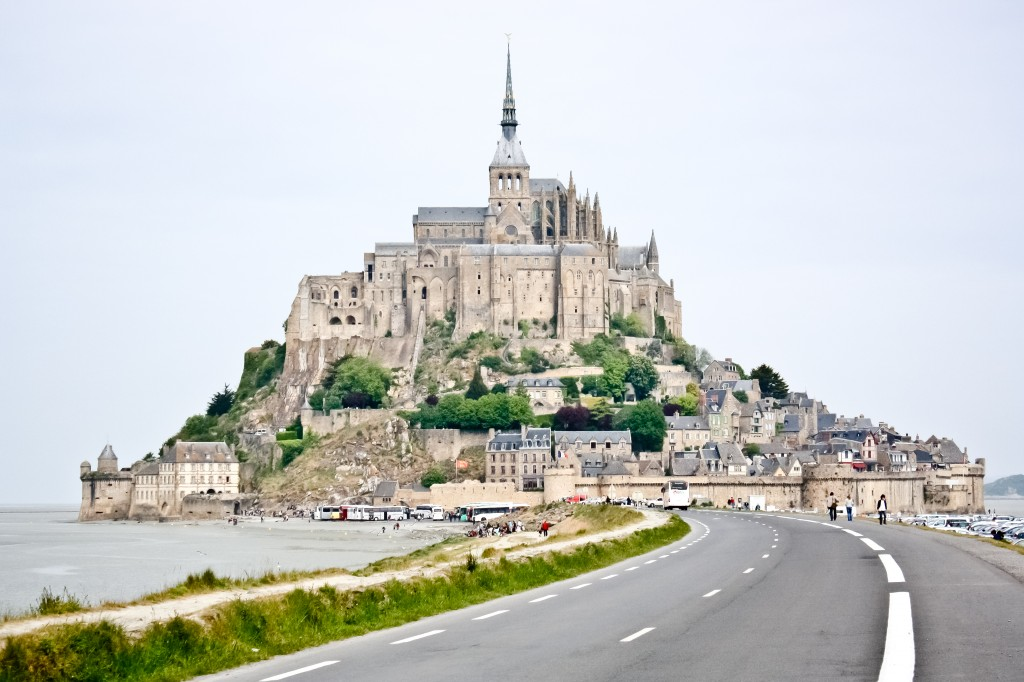 Mont saint michel and st james cemetary mark szelistowski - Saint james mont saint michel ...